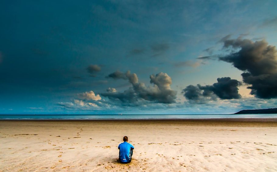 Alone-on-a-Beach-000047611520_Large-cropped